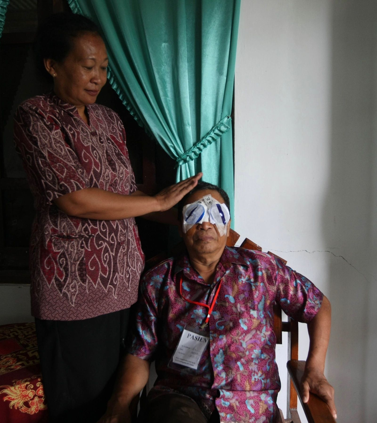 Sudi Harto's life is transformed after his cataract operation